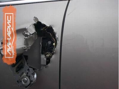 Аварийное вскрытие автомобиля: надобность, особенности услуги, заказ в Санкт-Петербурге